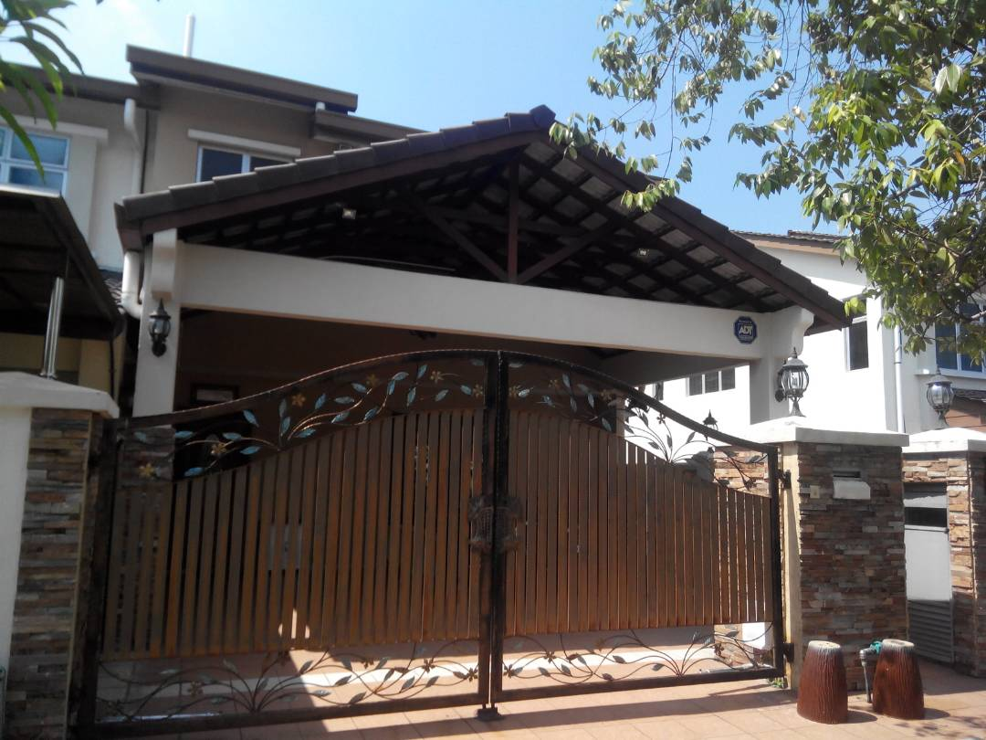 Teres 2 Tingkat Bandar Seri Putra Bangi Selangor Endlot
